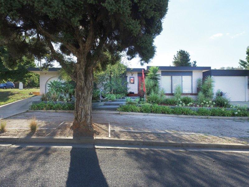 5 Sherwood Avenue, Wagga Wagga, NSW 2650