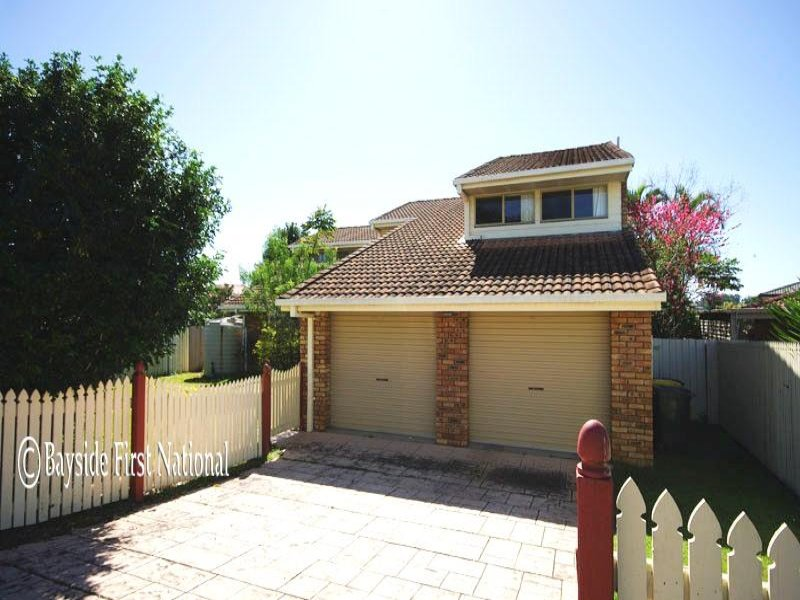 12 Stoddart Court, Carindale, Qld 4152