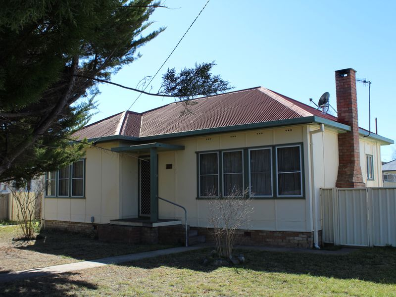 37 Lewis Street, Glen Innes, NSW 2370
