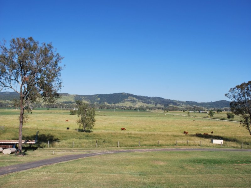 4 Brown Springs Rd, Mulgowie, Qld 4341