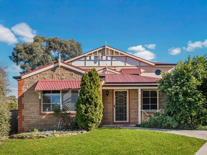 11 Gledhill Rise, Kangaroo Flat, Vic 3555