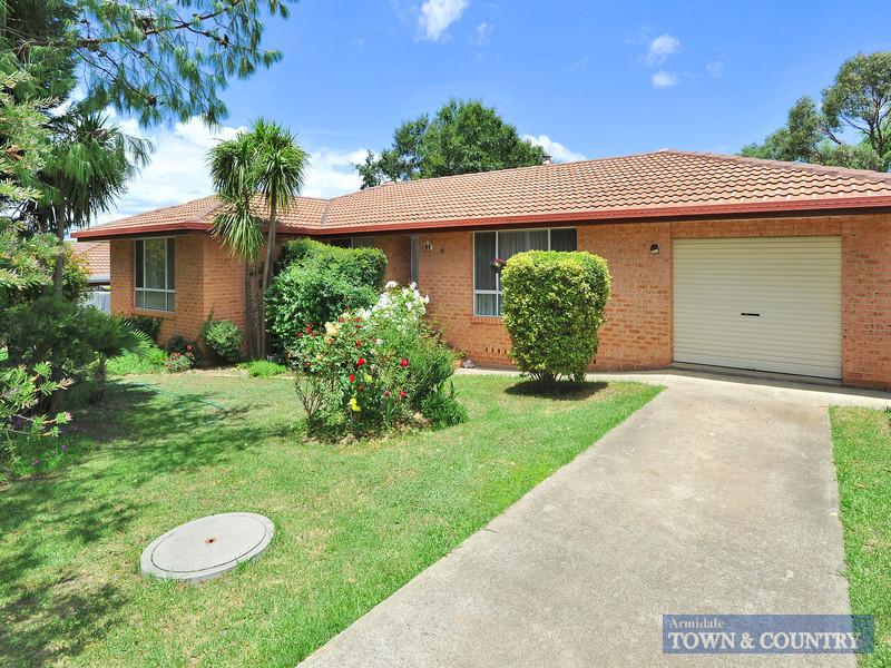 20 Yallambee Avenue, Armidale, NSW 2350
