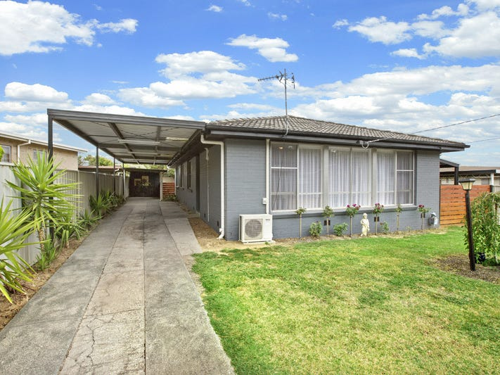 23 MARTINDALE CRESCENT, Seymour, Vic 3660