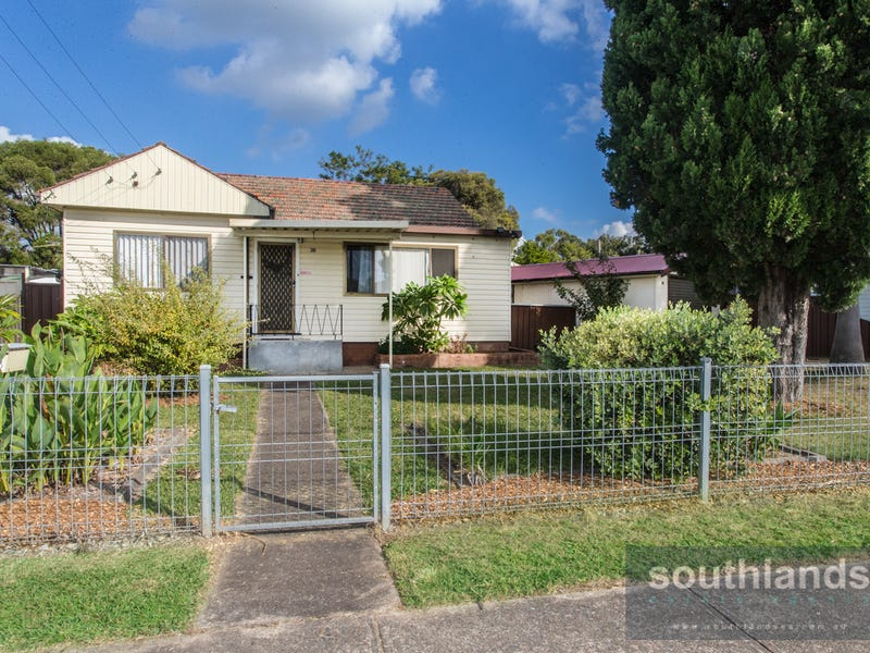38 Cosgrove Cres, Kingswood, NSW 2747
