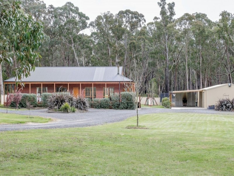 3705 Colac Road, Enfield, Vic 3352
