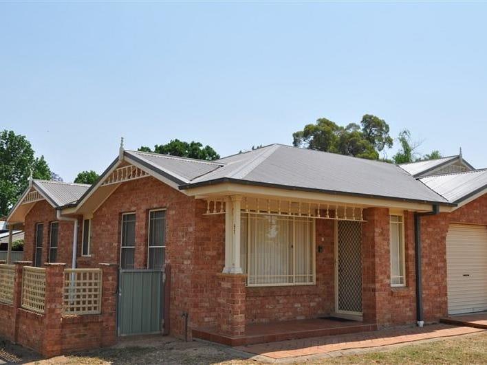 1/51 Johnson Street, Forbes, NSW 2871