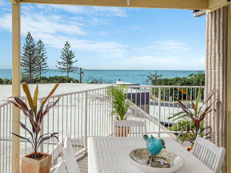 26/1-3 Pacific Terrace, Alexandra Headland, Qld 4572