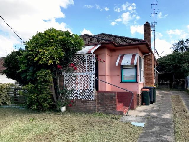 16 Hoskins Street, Gwynneville, NSW 2500