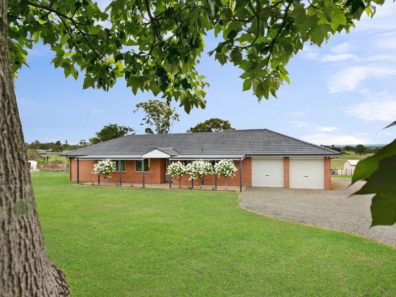 357 Aberglasslyn Road, Aberglasslyn, NSW 2320