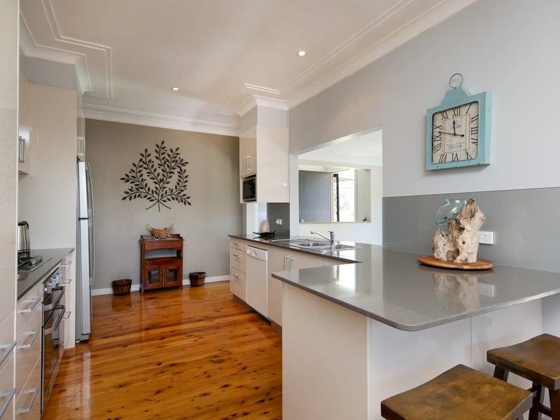 8 Clayton Crescent, Kotara, NSW 2289