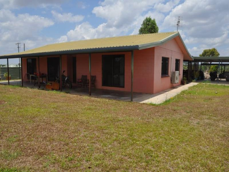 203 Plum Tree Road, Charters Towers City, Qld 4820