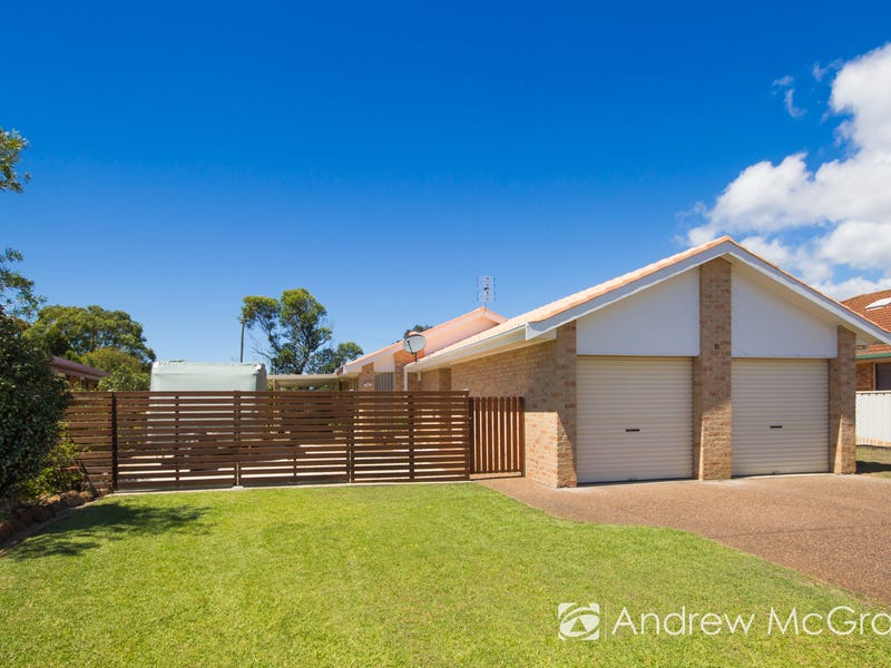 10 Tofino Close, Pelican, NSW 2281
