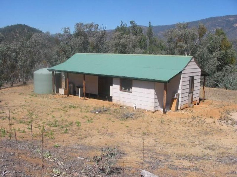 2520 Snowy River Road, Suggan Buggan, Vic 3885