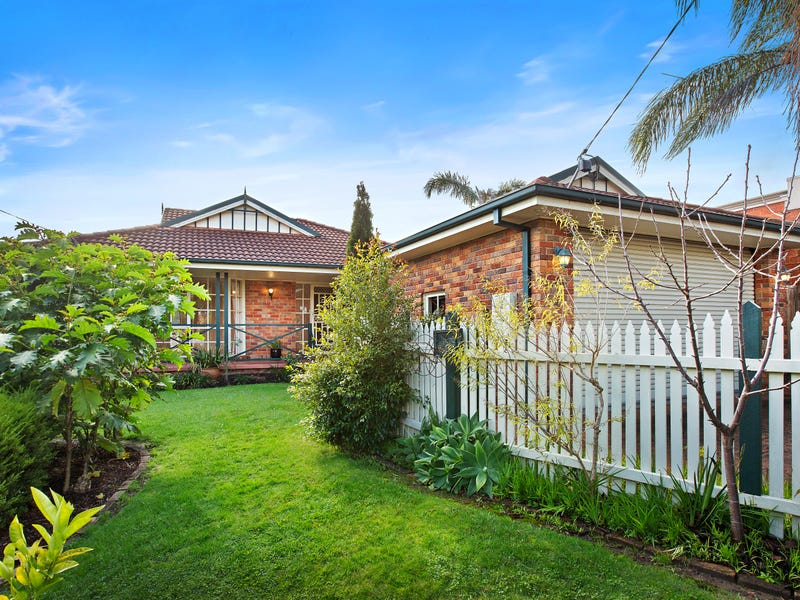 158 Oban Road, Ringwood North, Vic 3134