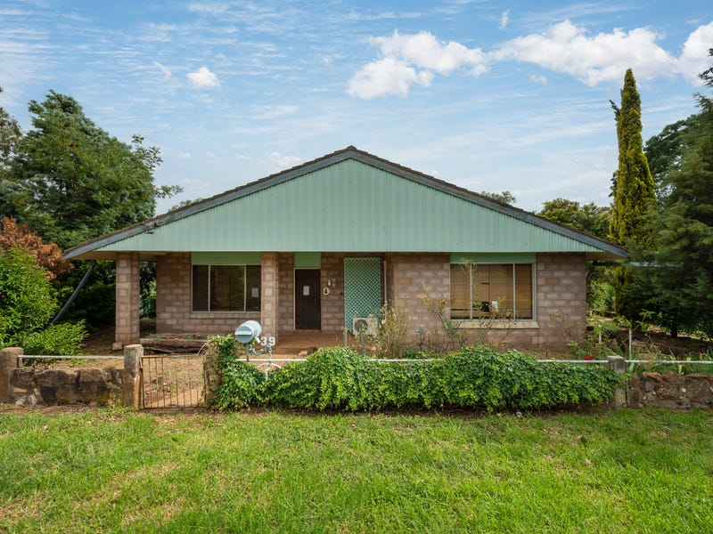 39 Whiteley Street, Dunedoo, NSW 2844