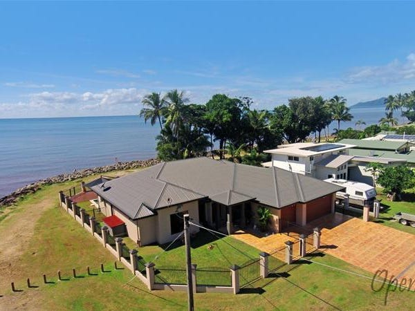 30 Feldt Street, Flying Fish Point, Qld 4860