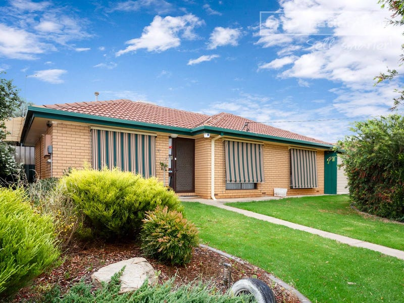 57 Truscott Drive, Ashmont, NSW 2650