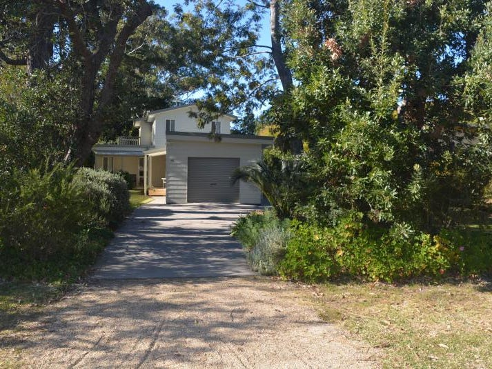 46 Elizabeth  Drive, Broulee, NSW 2537