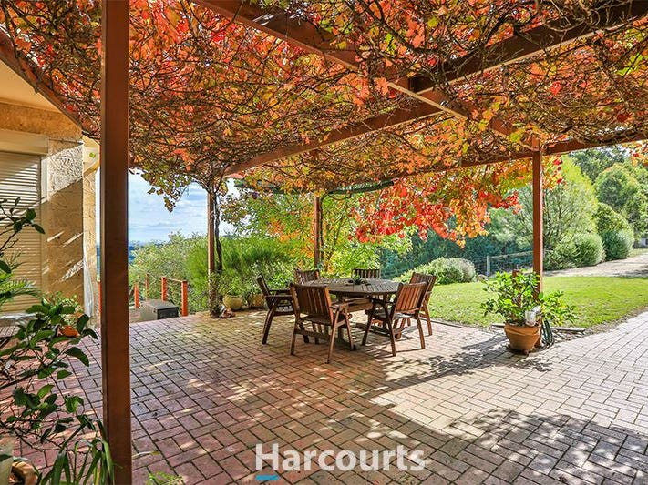 229 Bridal Road, Tonimbuk, Vic 3815