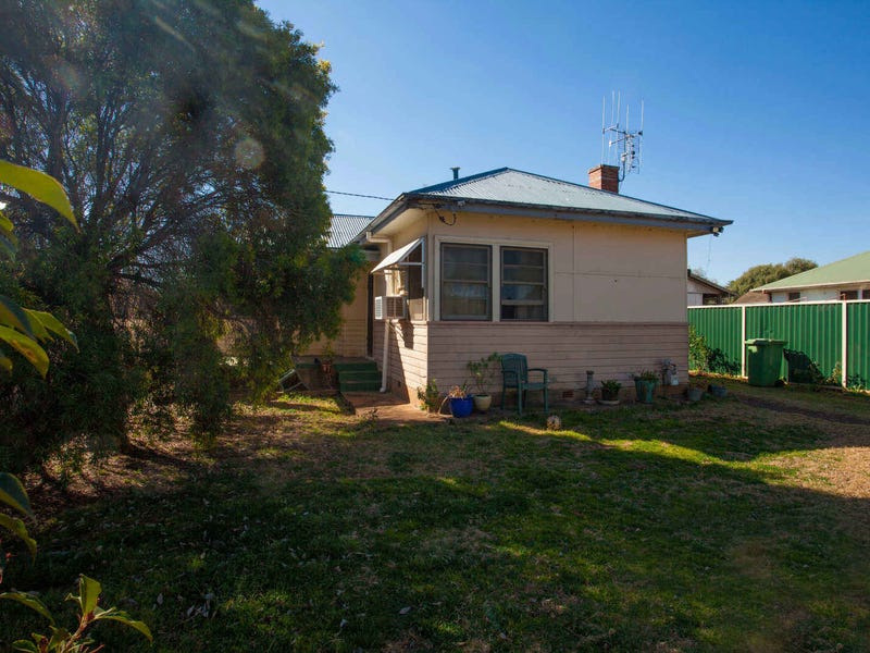 88 Maxwell Street, Wellington, NSW 2820