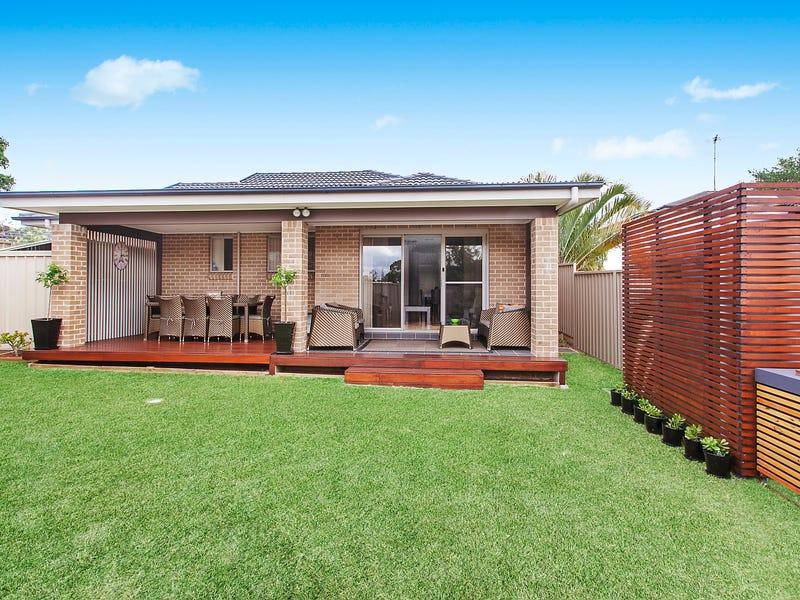 4/32C Henry Lawson Drive, Peakhurst, NSW 2210