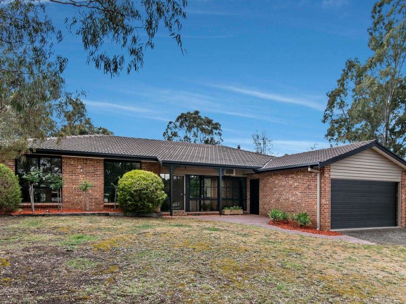 13 Haydrian Court, Golden Square, Vic 3555