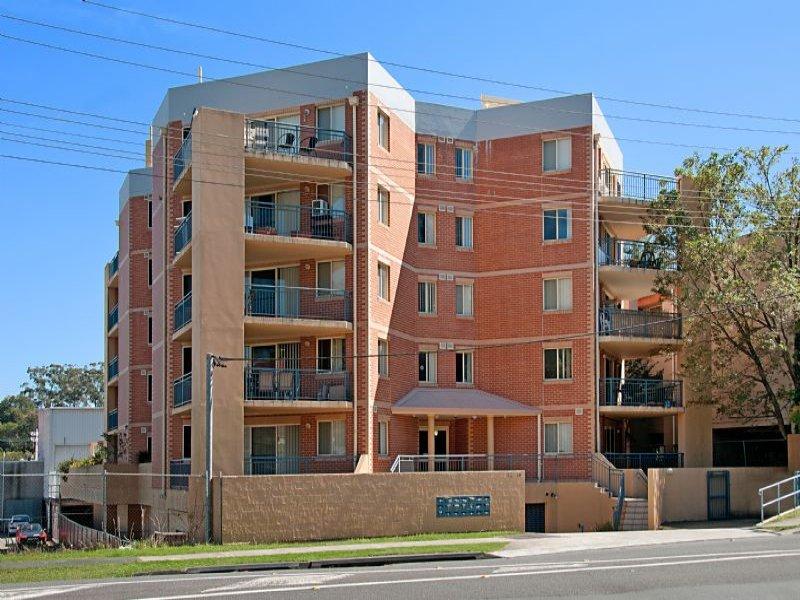 2/12-14 Hills Street, Gosford, NSW 2250