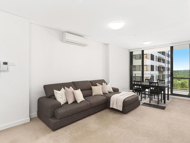 215/135 Pacific Highway, Hornsby, NSW 2077
