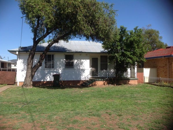 17 Edith Street, West Tamworth, NSW 2340