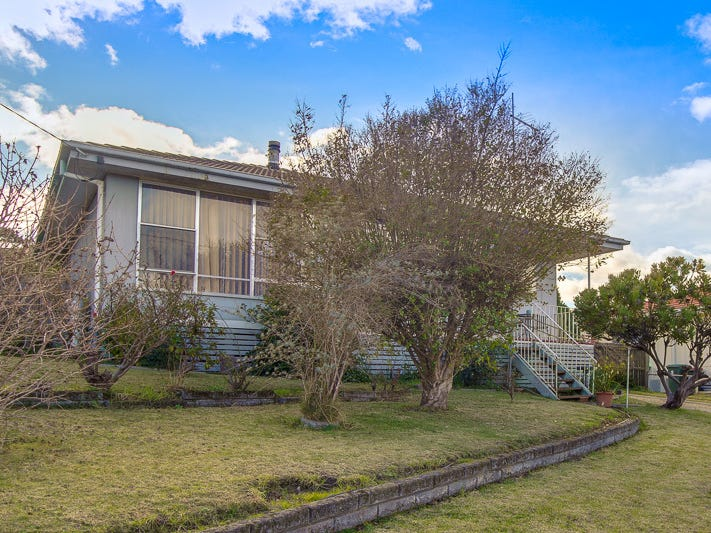 28 Bogong Street, Lakes Entrance, Vic 3909