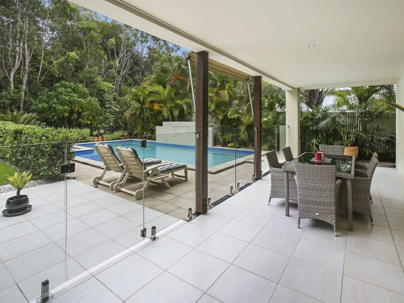 22 Baker Finch Place, Twin Waters, Qld 4564