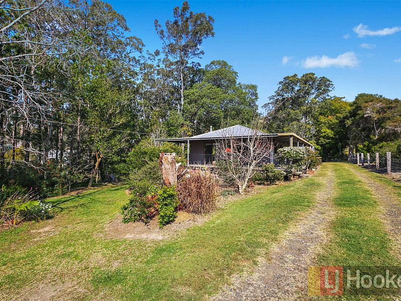 32 Mahogany Crescent, Yarravel, NSW 2440