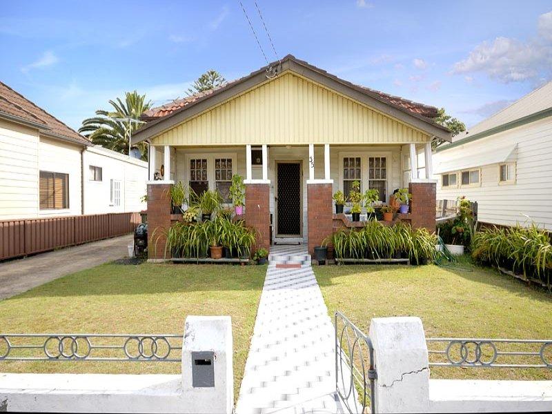 35 Innesdale Street, Wolli Creek, NSW 2205