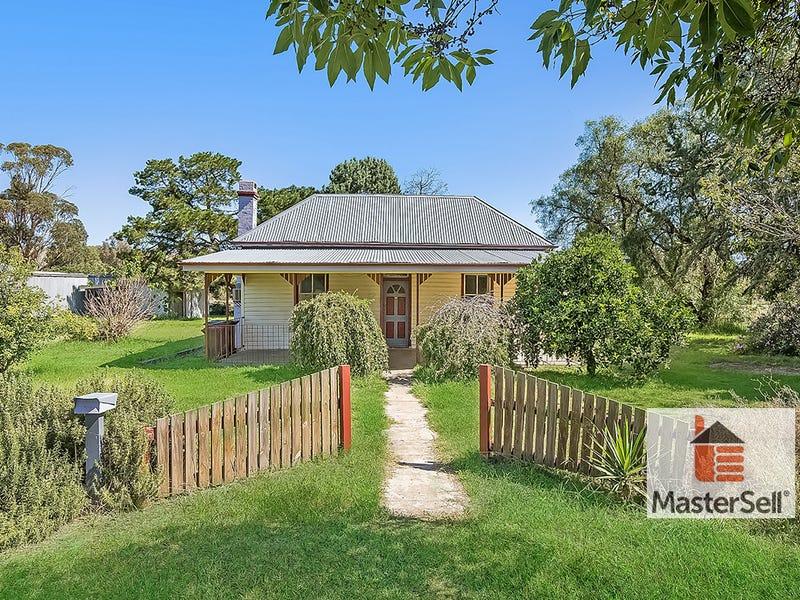 23 Cross Street, Gundagai, NSW 2722
