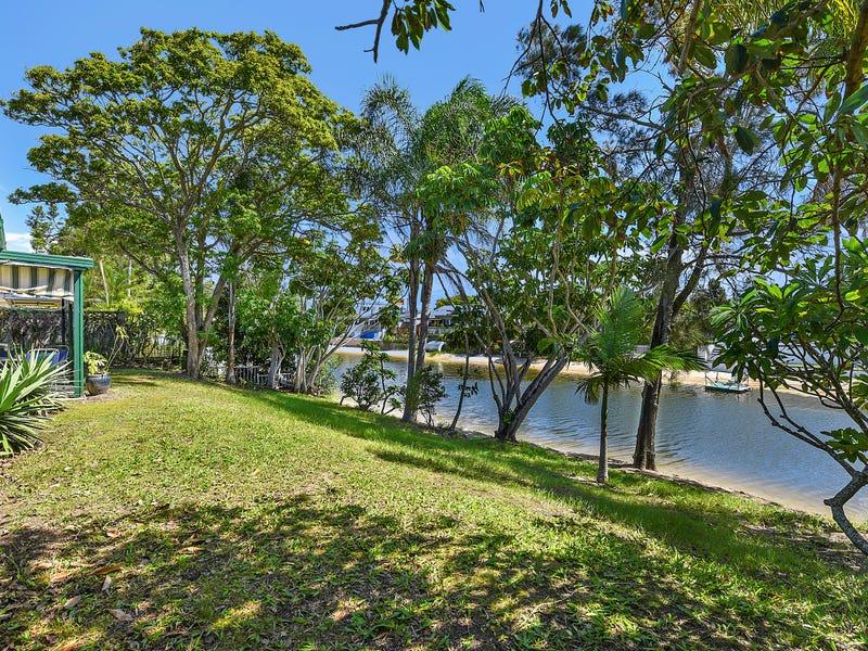 15 Flamingo Key, Broadbeach Waters, Qld 4218