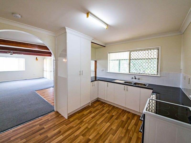 2 First Ave, Marsden, Qld 4132