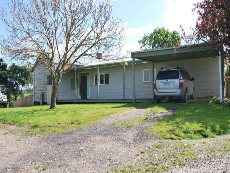 20 Larkin Lane, Fish Creek, Vic 3959