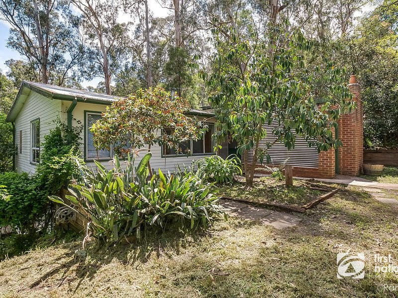 11 Creek Road, Belgrave, Vic 3160