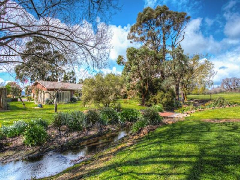1189 Beaufort Road, Waubra, Vic 3352