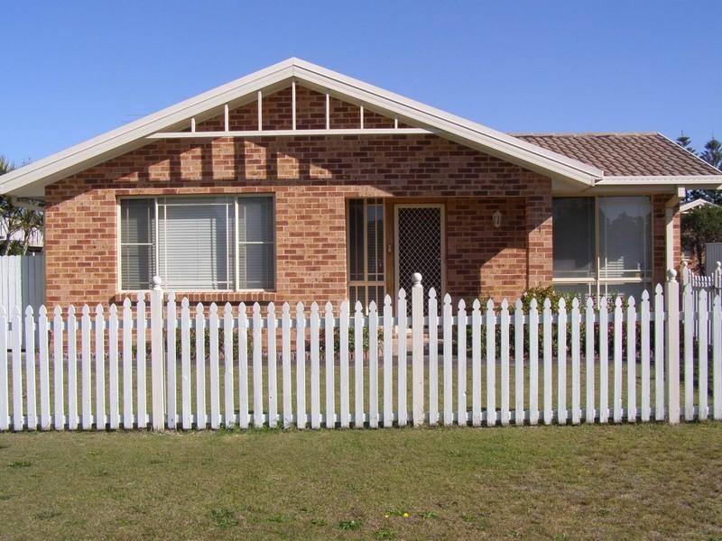 22A Beatty Boulevarde, Tanilba Bay, NSW 2319