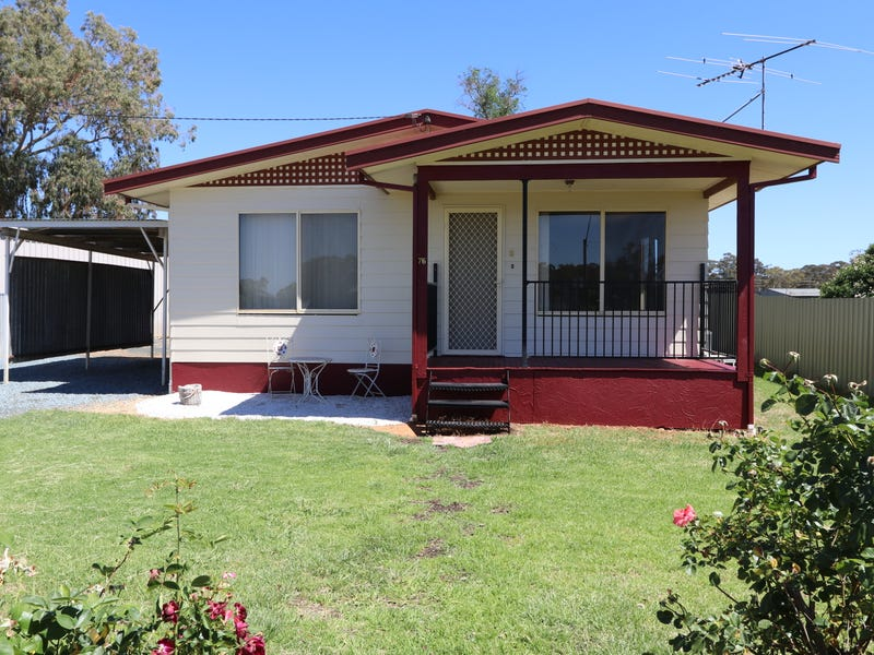 76 Ashelford Street, Temora, NSW 2666