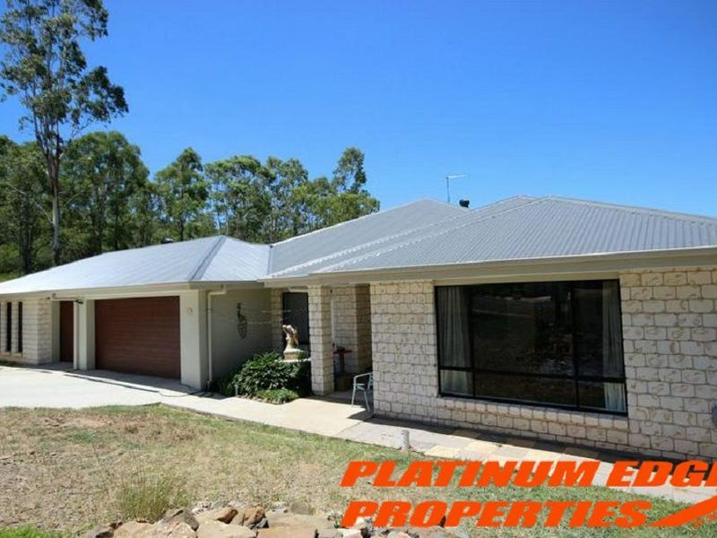 32-34 White Place, Kooralbyn