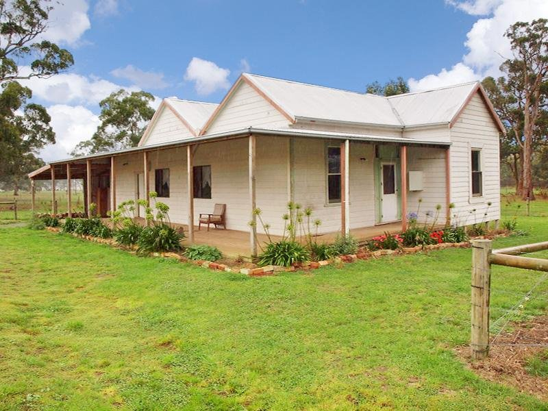 Retallucks Road, Ecklin South, Vic 3265