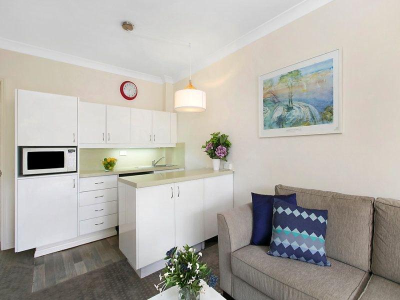 240/2-8 Kitchener Street, St Ives, NSW 2075