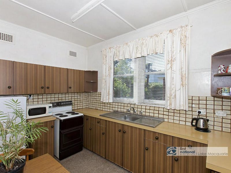 2 Stephens Avenue, Glendale, NSW 2285