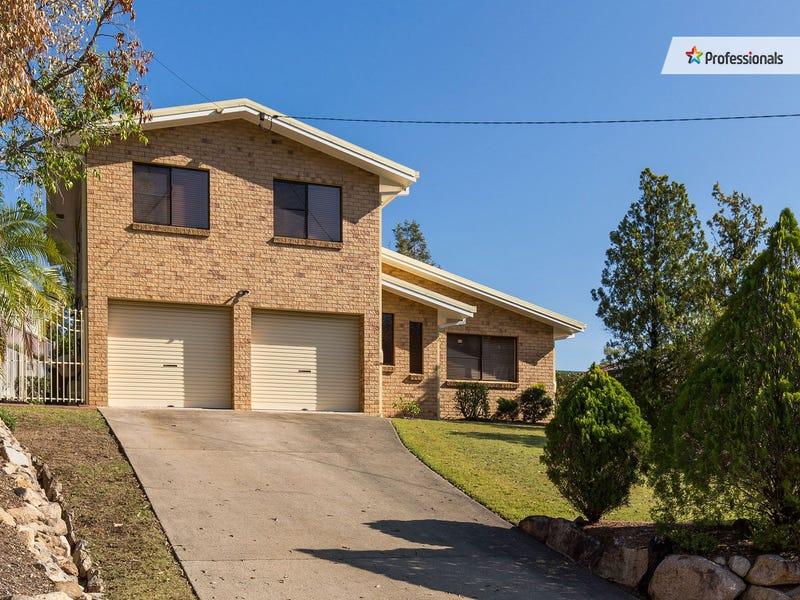 10 Carmont Court, Ferny Hills, Qld 4055