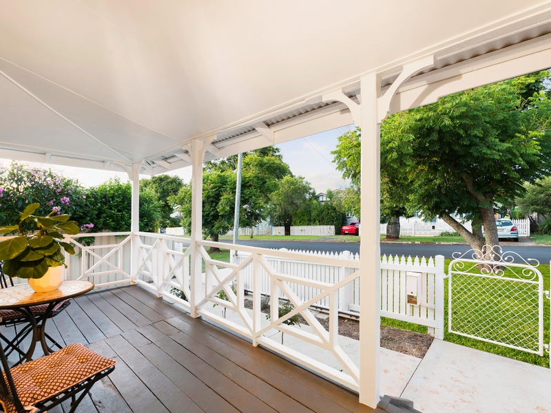 10 Delacey Street, North Toowoomba, Qld 4350