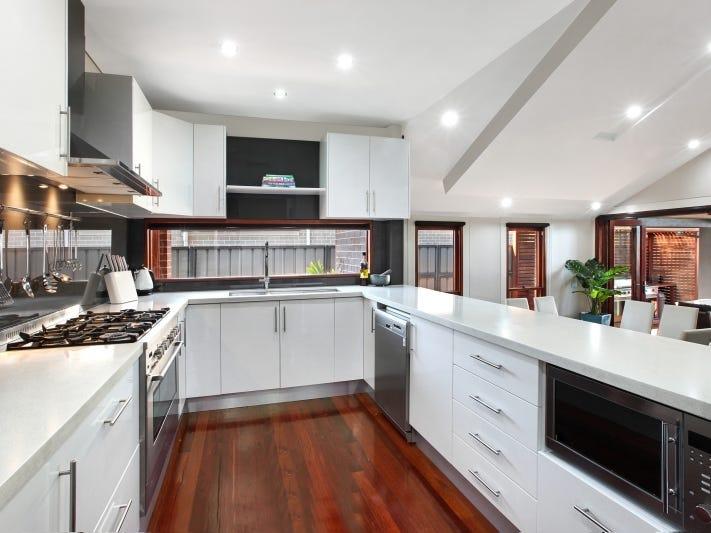 19 Fysh Avenue, Middleton Grange, NSW 2171