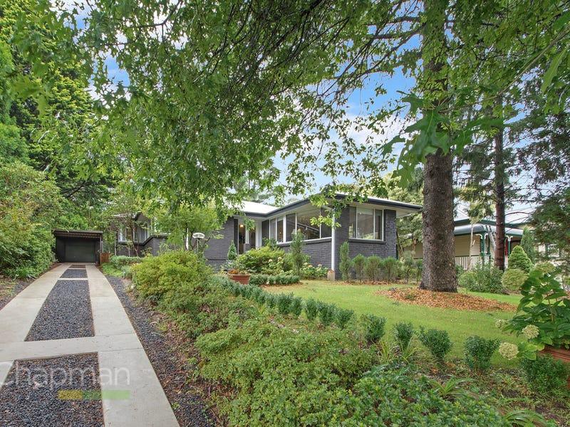 18 Blackheath Street, Leura, NSW 2780