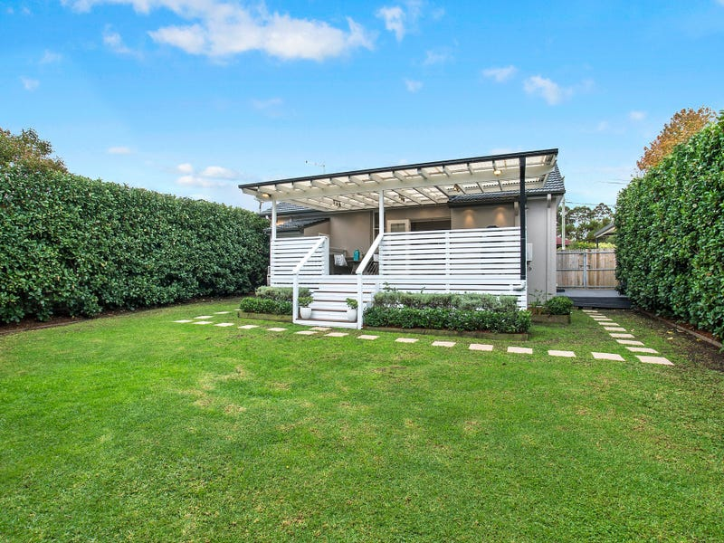35 Karingal Crescent, Frenchs Forest, NSW 2086